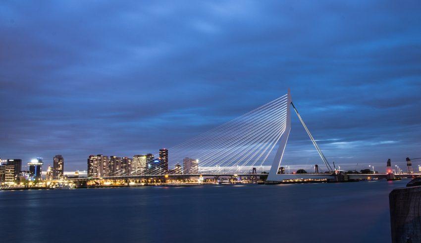 Мост Эразма